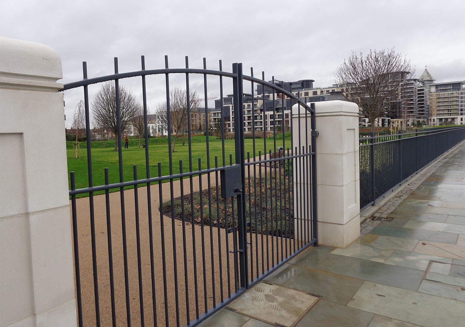 estate gates2