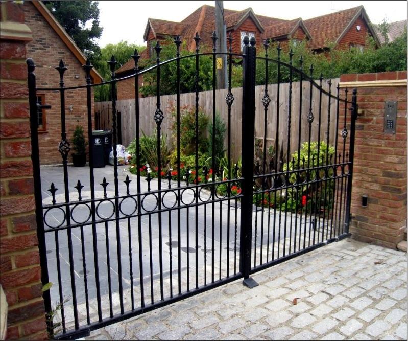 estate gates3
